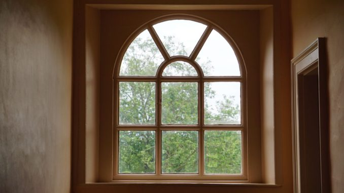 drewniane okno