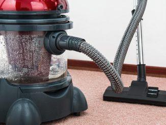 Odkurzacz - posprzątana podłoga